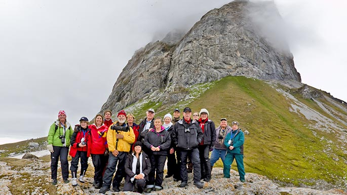 group of people on their luxury family reunion trip on a hiking tour