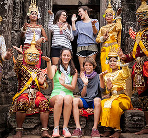 family on their luxury family world trip through Asia, how to travel the world with your family